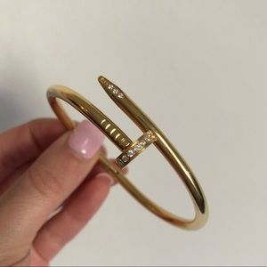 NEW Gold Nail Cuff Bracelet Juste un clou